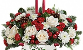 Teleflora's Holly Days Bouquet