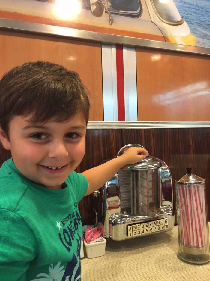 My boy's first time at Johnny Rockets. He got a kick out of the juke box!